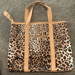 Tilly's animal print tote w wristlet bag NWT
